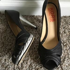 Kors Michael Kors Leather Platform Pumps 8.5M